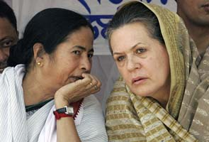 Presidential poll: Sonia Gandhi hosts lunch, Mamata Banerjee's party attends