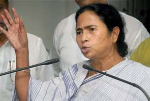 Mamata Banerjee does an Anna Hazare; invites people on Facebook for Delhi rally on Oct 1