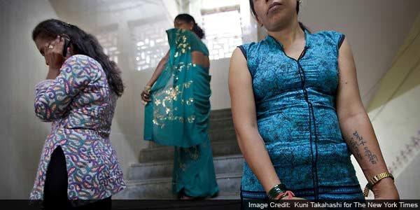 Cellphones reshape prostitution in India, imperil AIDS fight
