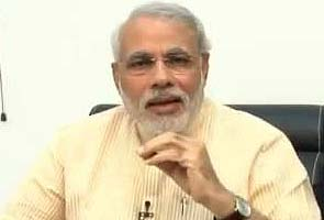 Kapil Sibal tried to bribe me with Aakash tablet: Narendra Modi