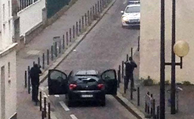 Paris_gunmen_AFP_650.jpg