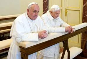 Pope_Francis_Benedict_pray_295.jpg