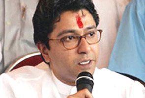 Raj Thackeray threatens Maharashtra Home Minister RR Patil at a rally