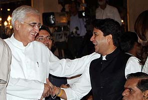 Cabinet reshuffle: Salman Khurshid gets External Affairs, Veerappa Moily gets Petroleum from Jaipal Reddy
