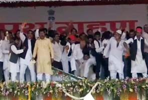 Samajwadi-party-ruckus-295x200.jpg