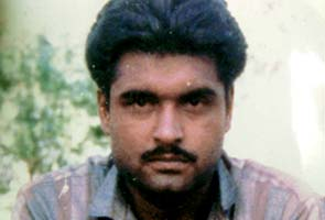 Sarabjit Singh, attacked Indian prisoner, dies in Lahore hospital