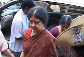 http://www.ndtv.com/news/images/story_page/Sasikala_in_court_295.jpg