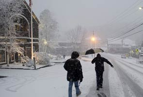 US: October snowstorm disrupts Halloween across Northeast