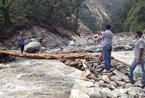 Uttarakhand_makeshift_bridge_295.jpg