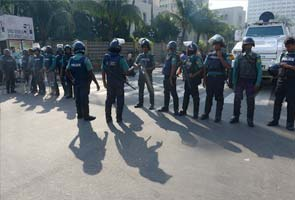 bangladesh_sunday_clashes_police_295.jpg