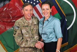 FBI agents search home of David Petraeus lover Paula Broadwell: Reports