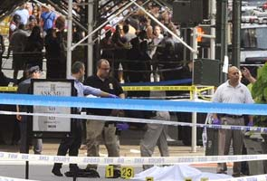 Empire State Building shooting: Police gunfire may have injured bystanders
