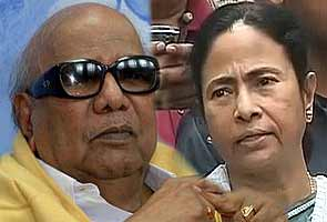 UPA-II's three years: Mamata Banerjee, Karunanidhi to skip PM's dinner, A Raja may attend