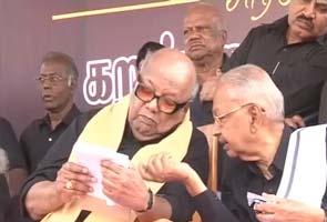 Karunanidhi leads protests against Sri Lankan president's visit