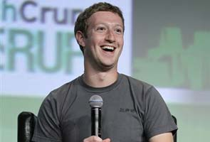 Mark Zuckerberg says time to 'double down' on Facebook