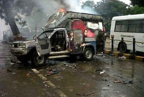 Two people dead as Assam protests in Mumbai turn violent