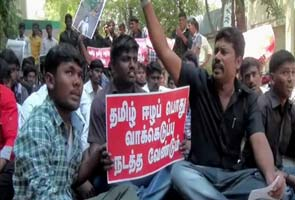 Students on hunger strike demand India should vote against Sri Lanka at UN meet