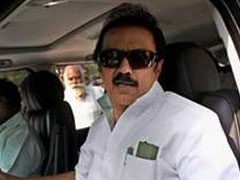 AIADMK using police vehicles to transport bribe money, claims MK Stalin