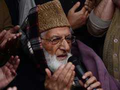 Modi sent emissaries, claims Syed Ali Shah Geelani; BJP denies it