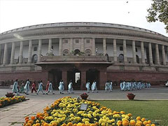 In Parliament, MPs Raise a Point, On Stale Food