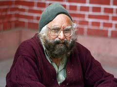 Khushwant Singh's desire to be buried in Pakistan comes true