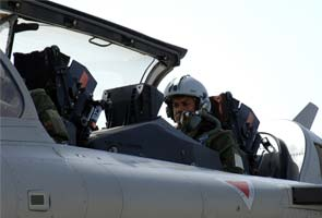 Thunder at 100 feet: Flying France's Rafale Superfighter