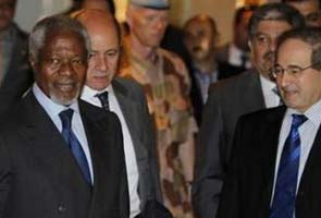 Kofi Annan arrives in Damascus even as Syria tests missiles
